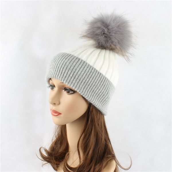 Wholesale Knitting Hat With Fur pompom